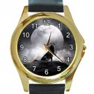 Wolf In The Moon Unisex Round Gold Metal Watch-Leather Band