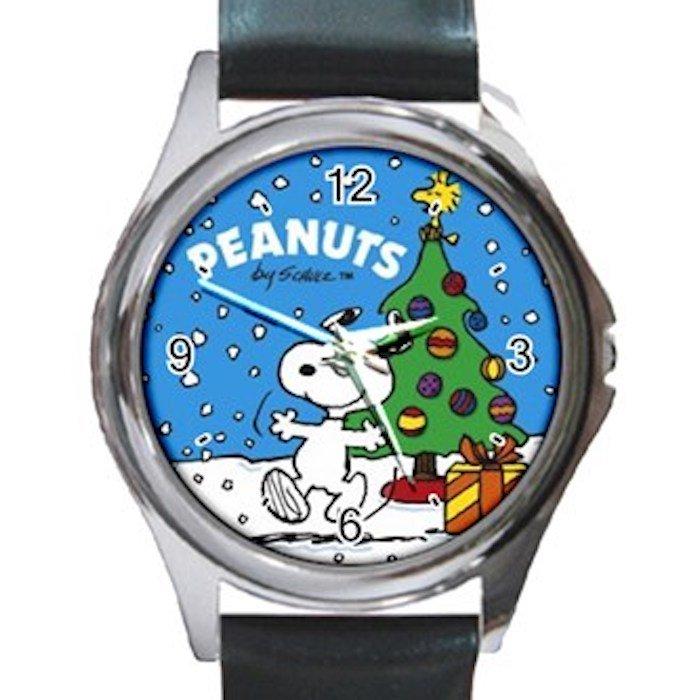 Happy Snoopy Celebrates Christmas Unisex Round Silver Metal Watch