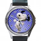 Happy Go Lucky Snoopy Unisex Round Silver Metal Watch