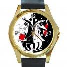 Spy Vs Spy Unisex Round Gold Metal Watch