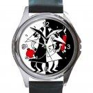 Spy Vs Spy Unisex Round Silver Metal Watch