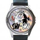 Funny Spy Vs Spy Unisex Round Silver Metal Watch