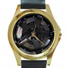 Nissan Skyline GT-R Car Tyre Unisex Round Gold Metal Watch