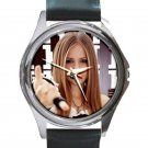 Avril Lavigne Punk Rock Singer Unisex Round Metal Watch