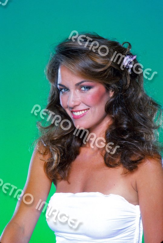 Catherine Bach 8x12 PS1611