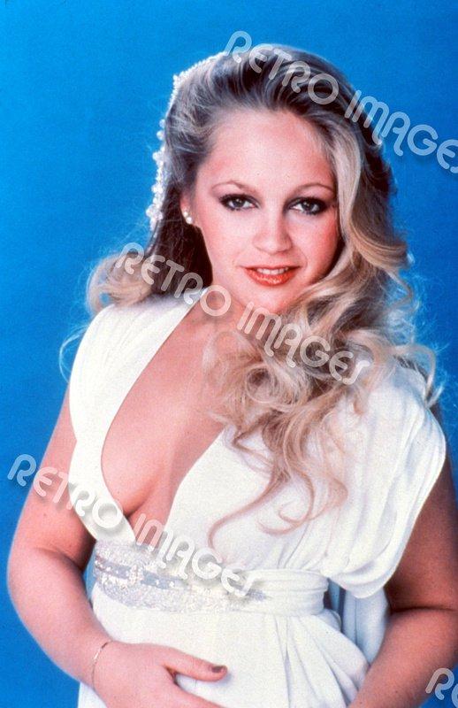 Charlene Tilton 8x10 PS1001