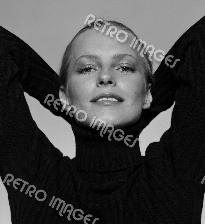 Cheryl Ladd 8x10 PS8501
