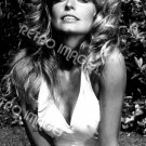 Farrah Fawcett 8x10 PS3606
