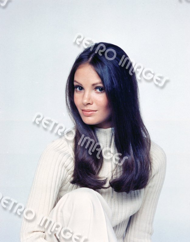 Jaclyn Smith 8x12 PS70-302