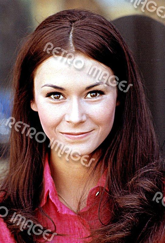 Kate Jackson 8x12 PS2701