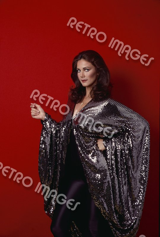 Lynda Carter 8x12 PS3101