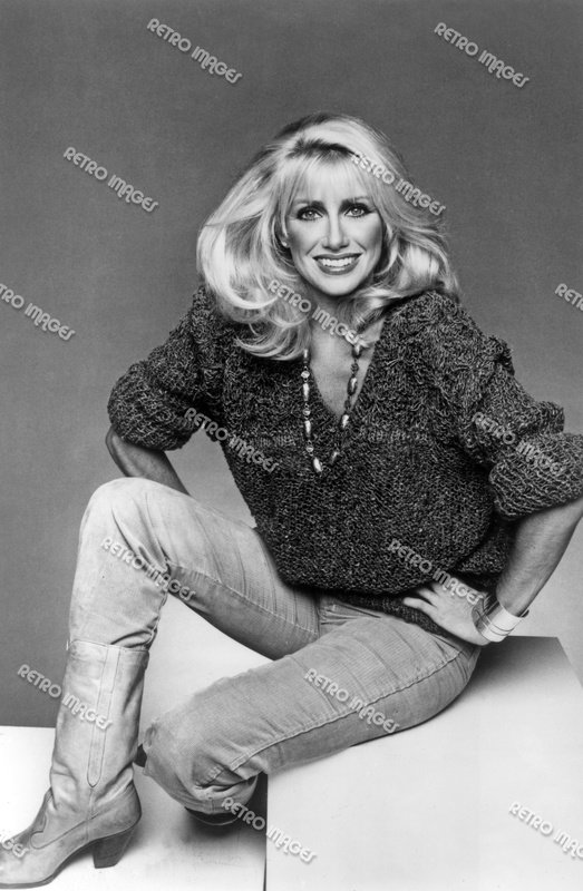 Suzanne Somers 8x10 PS402