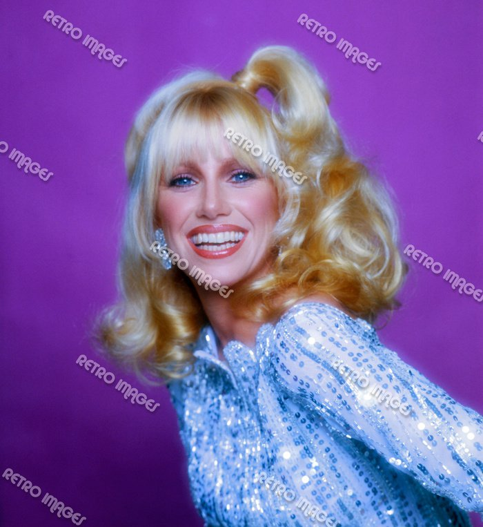 Suzanne Somers 11x14 PS2002