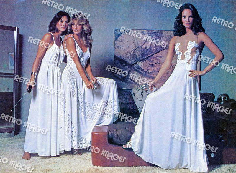 Charlie's Angels 8x10 PS1203