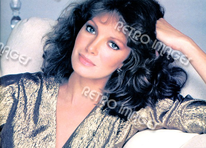 Jaclyn Smith 8x10 PS80-4202