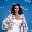 Lynda Carter 8x10 PS2407