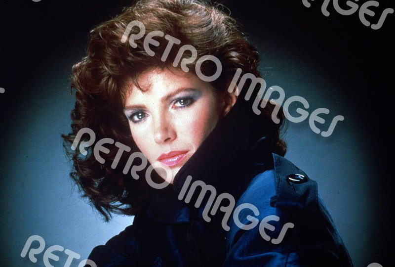 Jaclyn Smith 8x10 PS80-6701