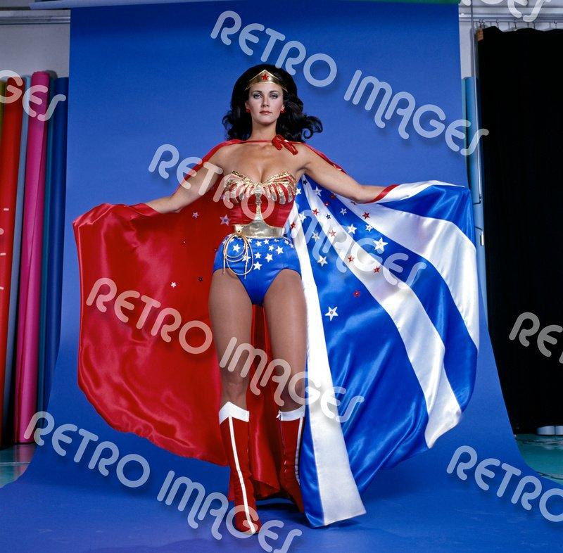 Wonder Woman 11x14 PS607