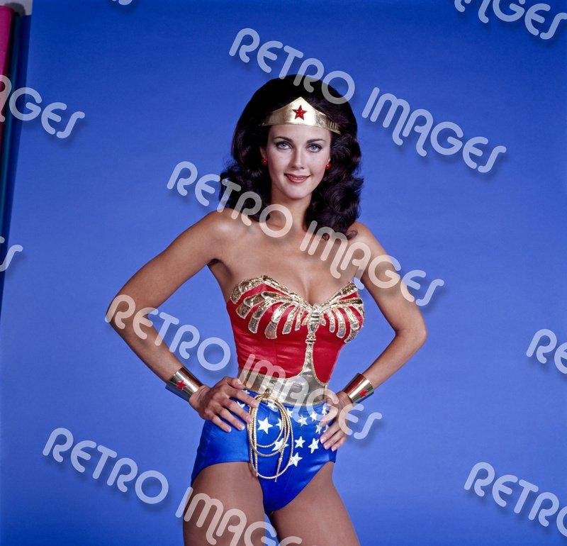 Wonder Woman 11x14 PS802