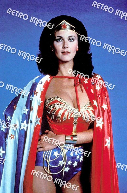 Wonder Woman 8x10 PS6104