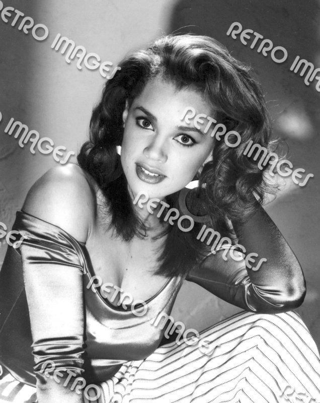 Vanessa Williams 8x10 PS802