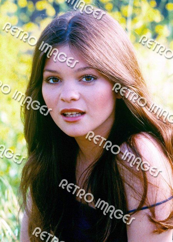 Valerie Bertinelli 8x10 70-PS501