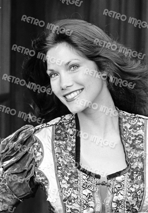 Barbi Benton 8x10 PS1103