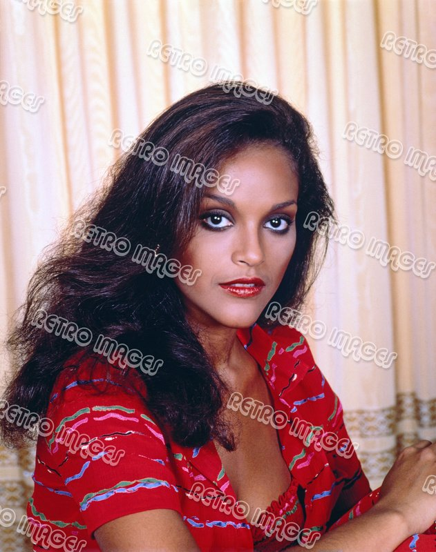 Jayne Kennedy 11x14 PS801