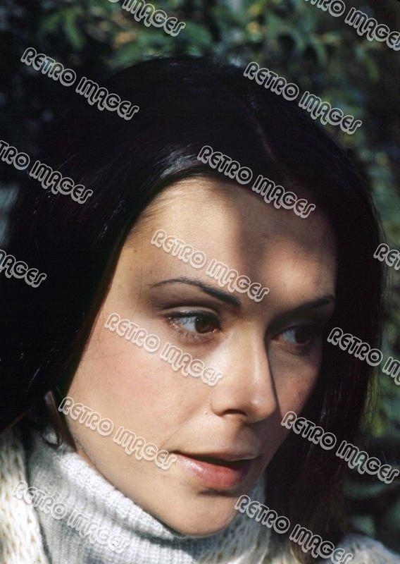 Kate Jackson 8x12 PS3301