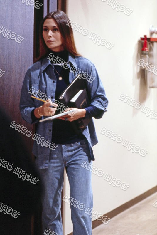 Kate Jackson 8x12 SSFG05