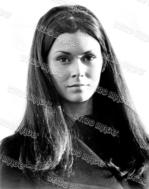 Kate Jackson 8x10 LB301