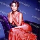 Halle Berry 8x10 PS204