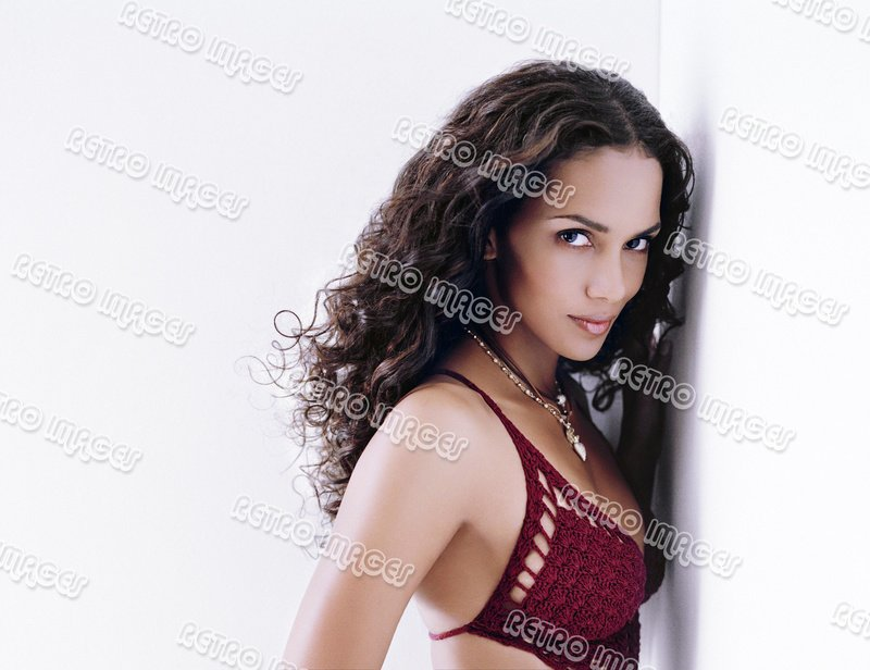 Halle Berry 8x10 PS1301