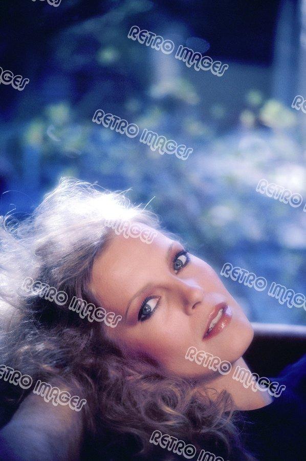 Cheryl Ladd 8x12 PS80-101