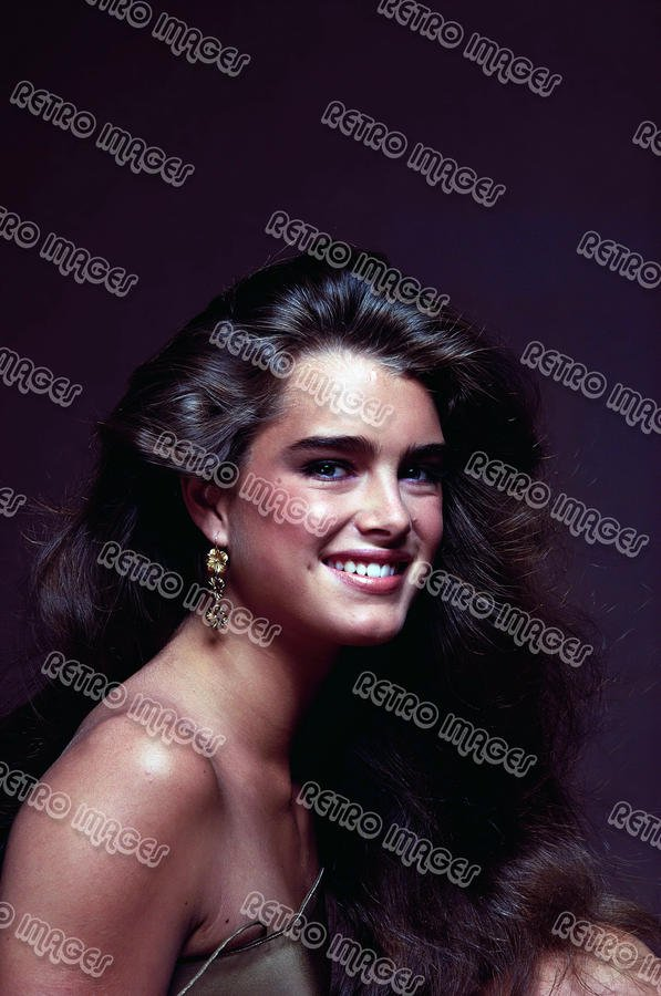 Brooke Shields 8x10 PS1303