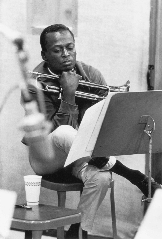 Miles Davis Satin Photo Paper Poster 12x17 inches