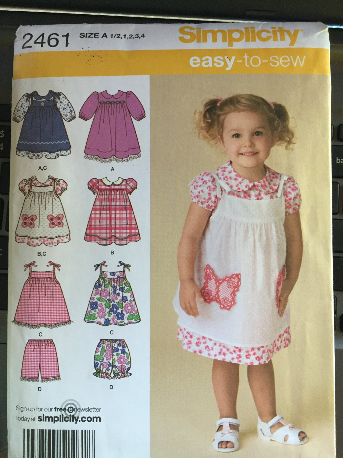 Simplicity Sewing Pattern 2461 Toddlers� Dress, Pinafore and Shorts Sizes 1/2 to 4
