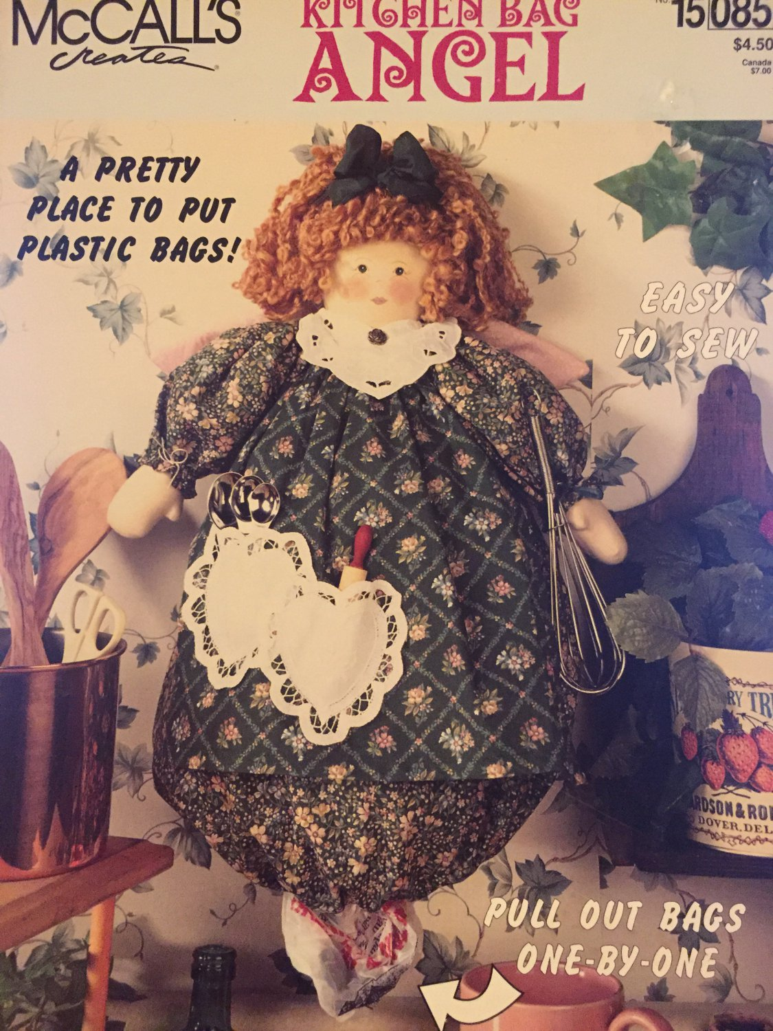 McCall�s 15085 Kitchen Bag Angel Sewing Pattern for storing plastic bags