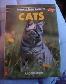 Crescent Color Guide to Cats by Angela Sayer