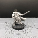 1pcs Captain Primaris Space Marine Warhammer Resin Models 1/32 Action Figures Toys Hobby Games