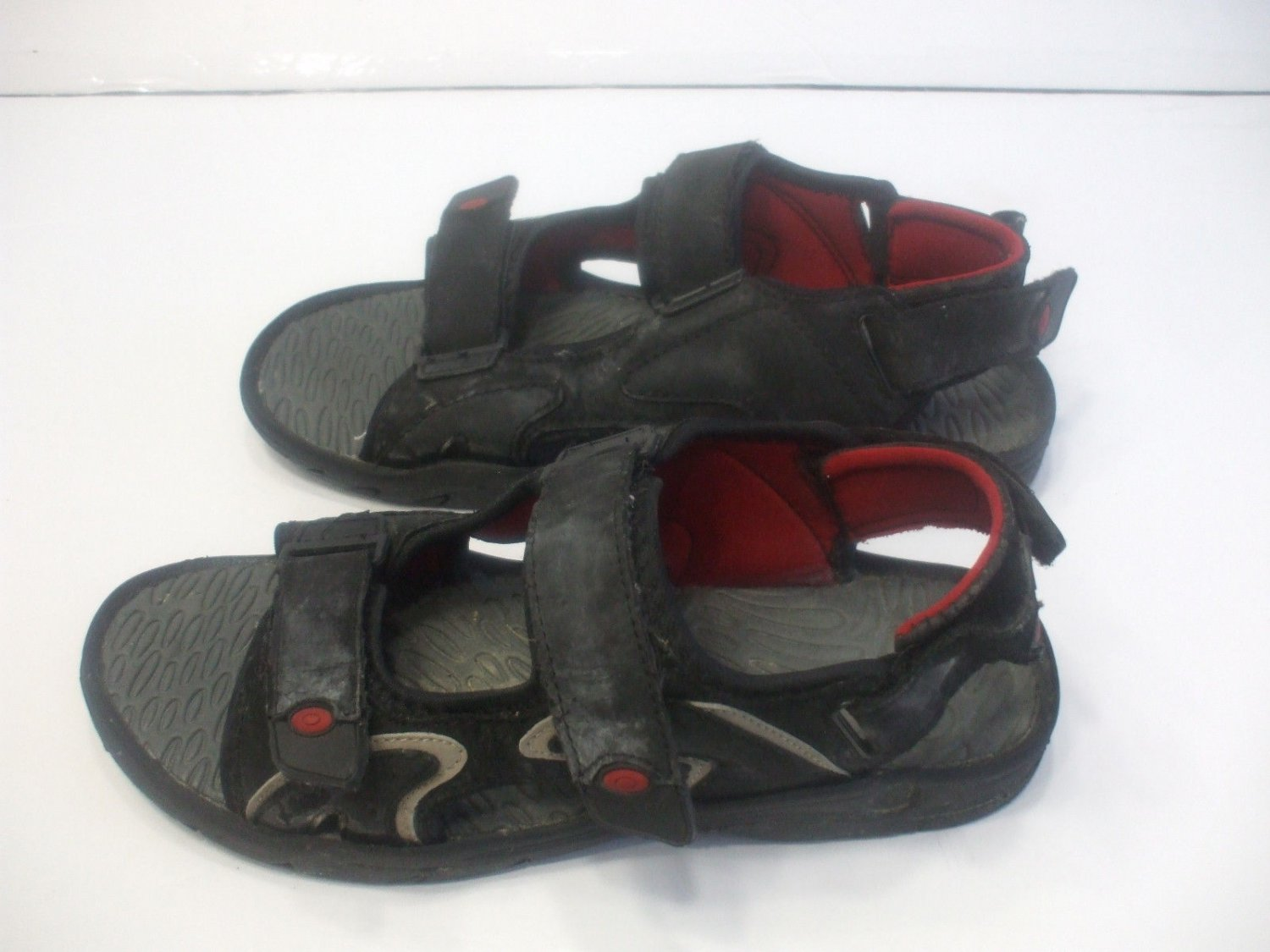 Boys And Mens Black Sandals Size 8 with 3 Adjustable Straps