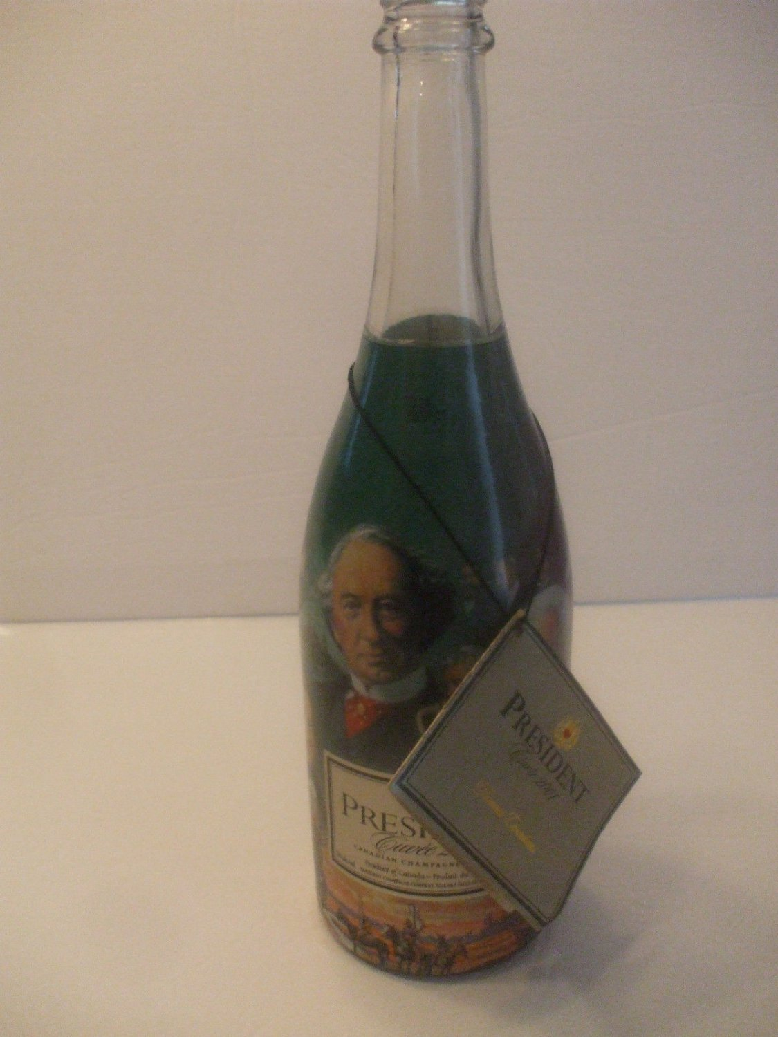 EMPTY Collectable President Cuvee Famous Canadians Champagne Bottle  2001