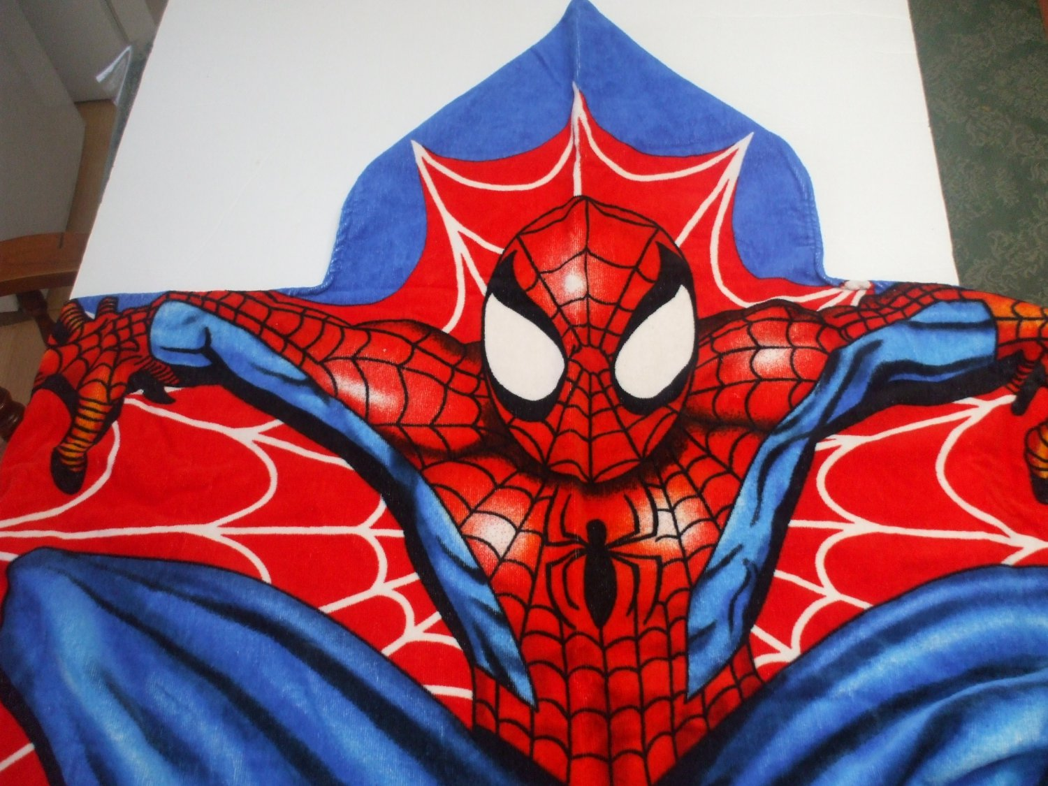 Kids Red And Blue Spiderman Marvel Cotton Terry Bath Towel With Hood Ages 4+