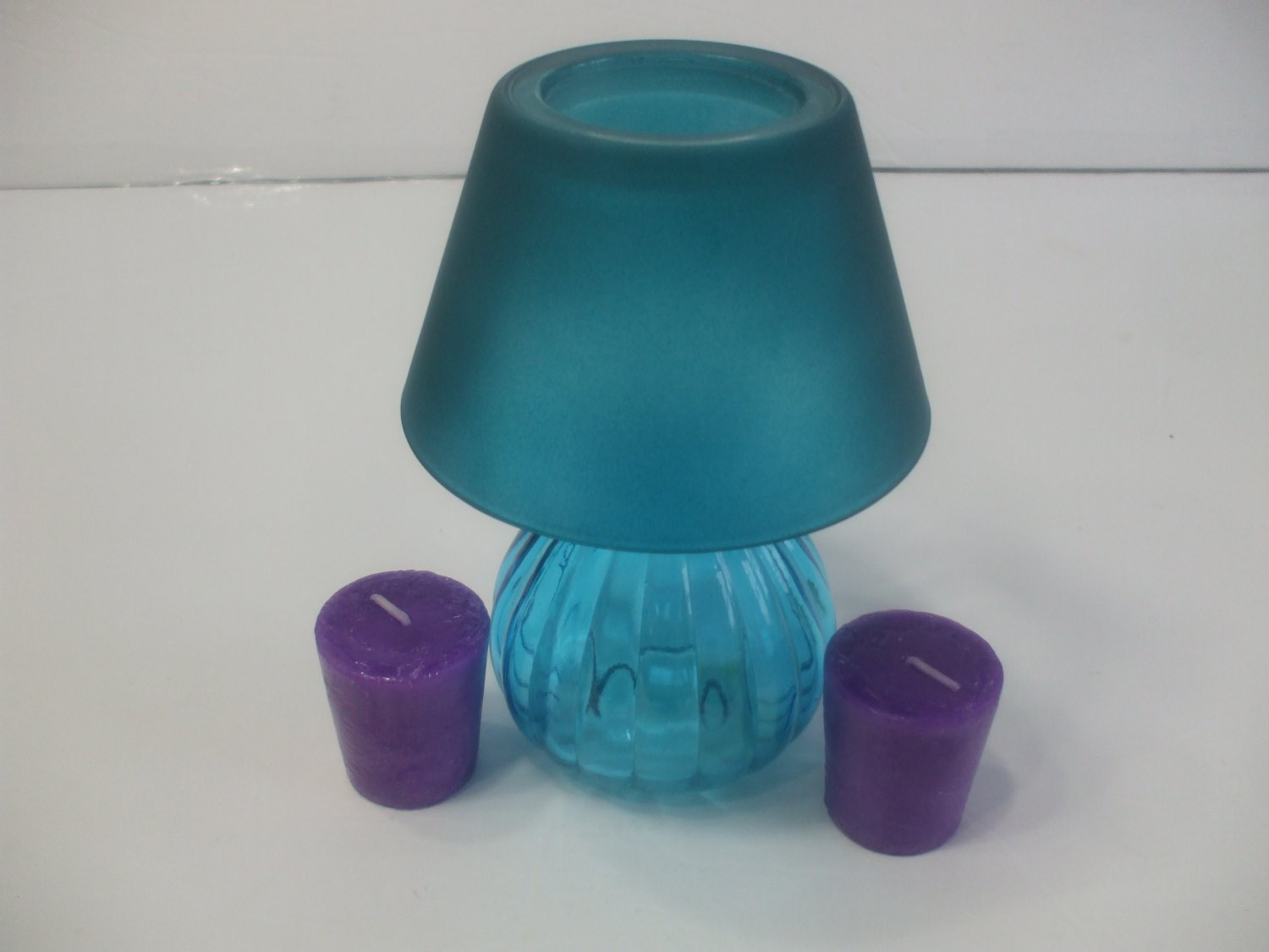 Mini Blue Glass Candle Holder Lamp With 2 Mini Lavender Scented Votive Candles