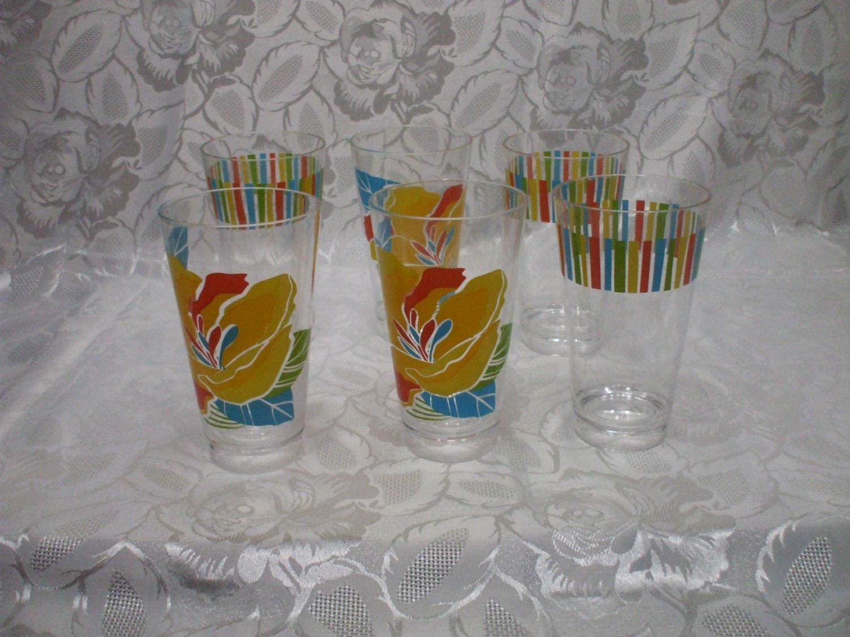 6 Large Plastic Picnic Soda Tumblers hold 2 1/2 cups liquid