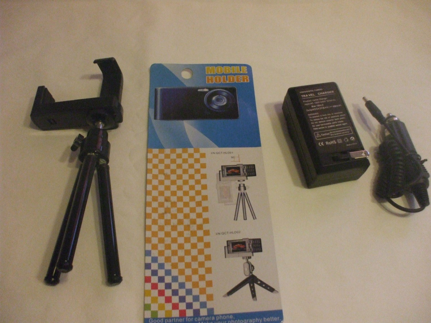 Universal Mobile Tripod For Cell Phones and Small Digital Cameras