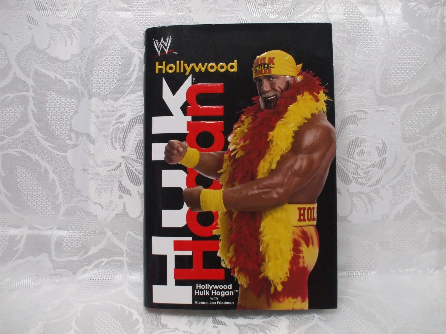 Hollywood Hulk Hogan Autobiography Hardcover With Dust Jacket