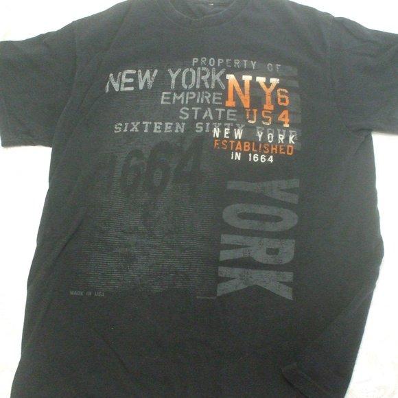 New York Black T-shirt Medium