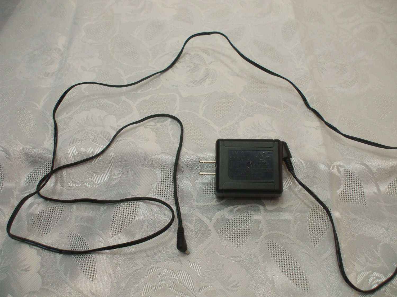 JVC Plug For Video Equipment AC Adapter AP-V12U