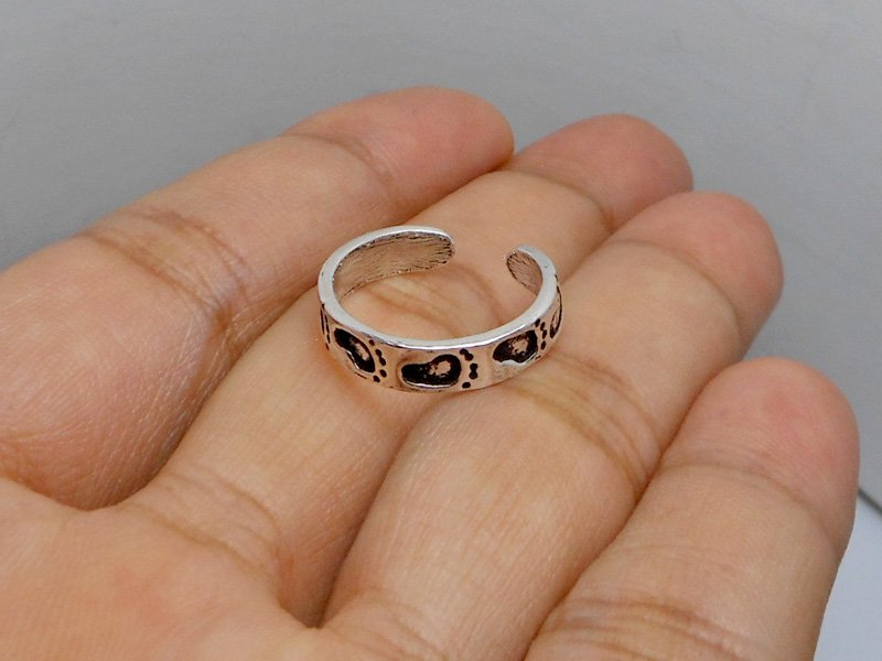 Solid Sterling Silver Footprint Toe Ring
